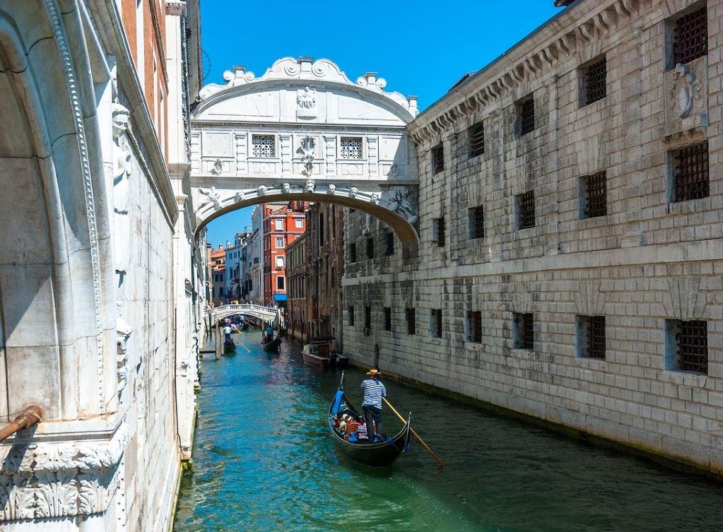 most-vzdohov-veneciya